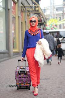 Tips Cantik Kombinasi Warna Baju6