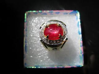 batu ruby birma ikatan emas berlian