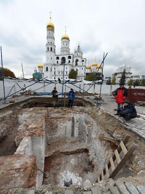 Kremlin makeover exposes medieval mysteries