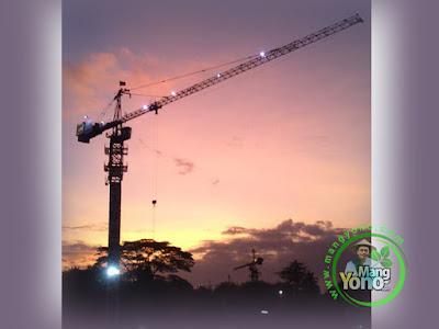 Jadi operator Tower Crane harus kuasai bahasa Isyarat dan alat komunikasi (HT)