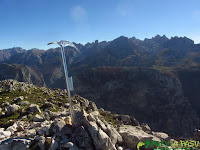 Buzón de cima del Cuetón en los Picos de Europa
