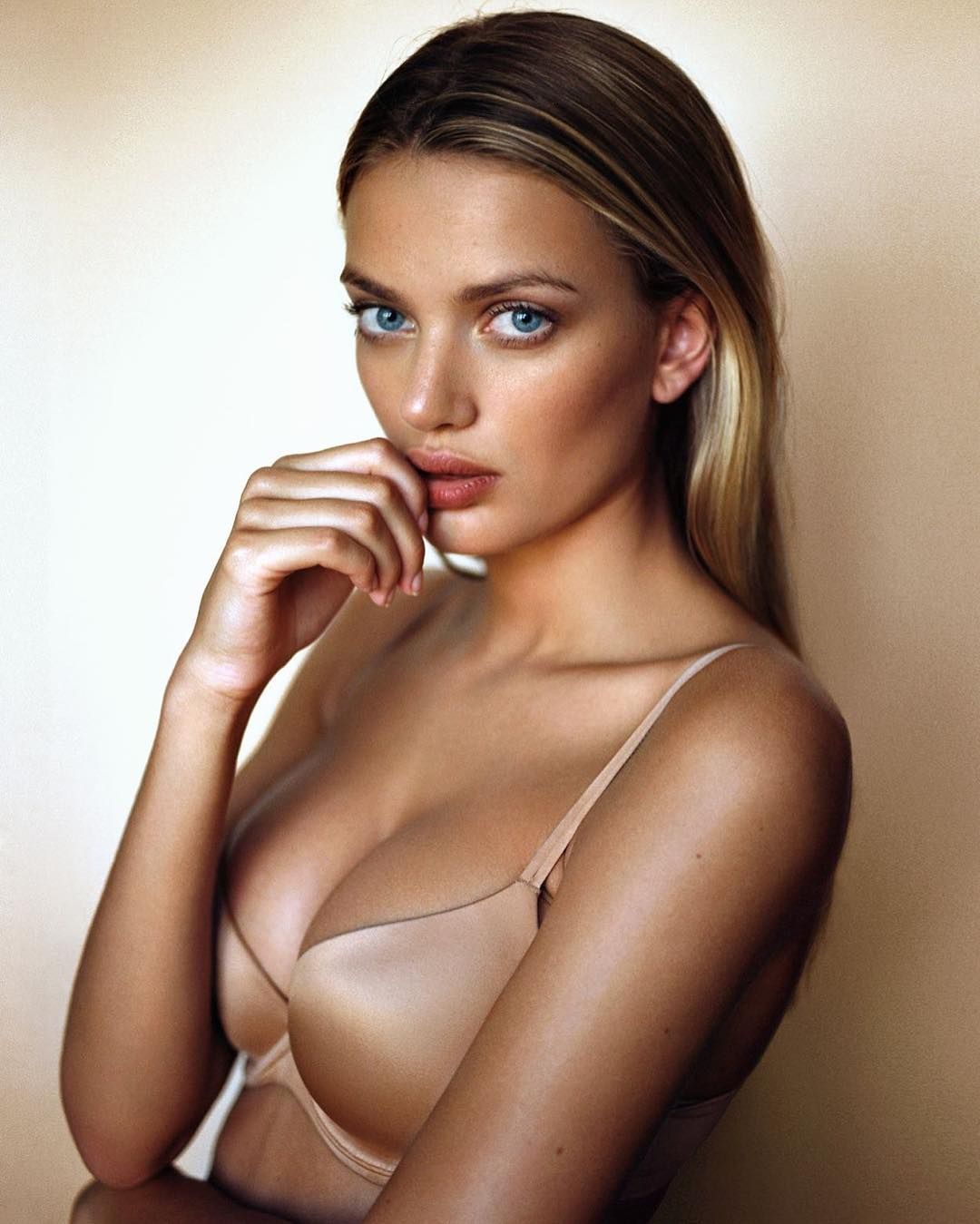 Is a cute Bregje Heinen nudes (92 photo), Topless