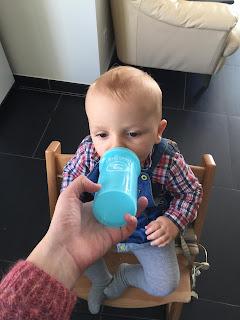 Le Kid Sippy Cup de Twistshake, mélangeur de fruits, suédois