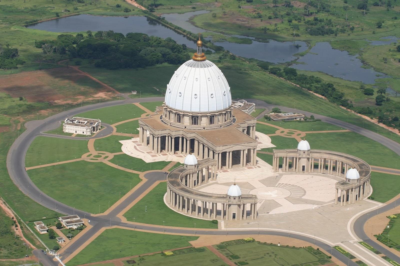 Basílica de Nossa Senhora da Paz