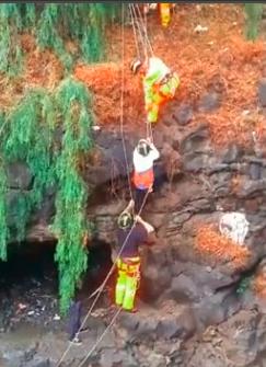 Cuatro personas rescatadas en Tenerife por crecida de agua