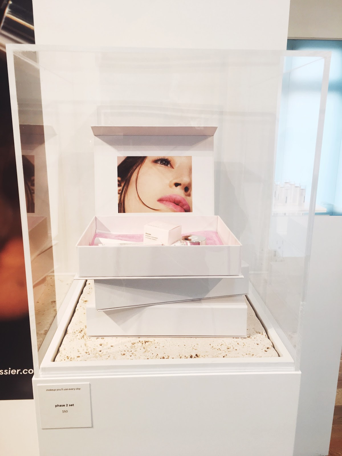 glossier phase 2 set, glossier showroom phase 2, glossier nyc showroom, glossier showroom