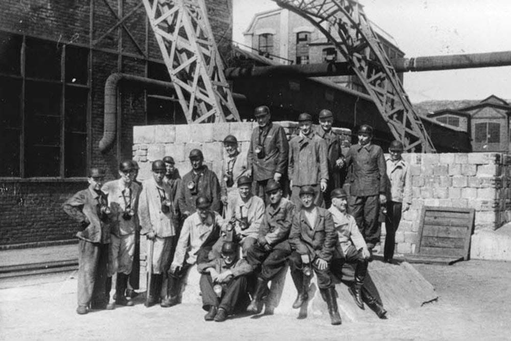 A large group of SS officers visit a coal mine near Auschwitz.