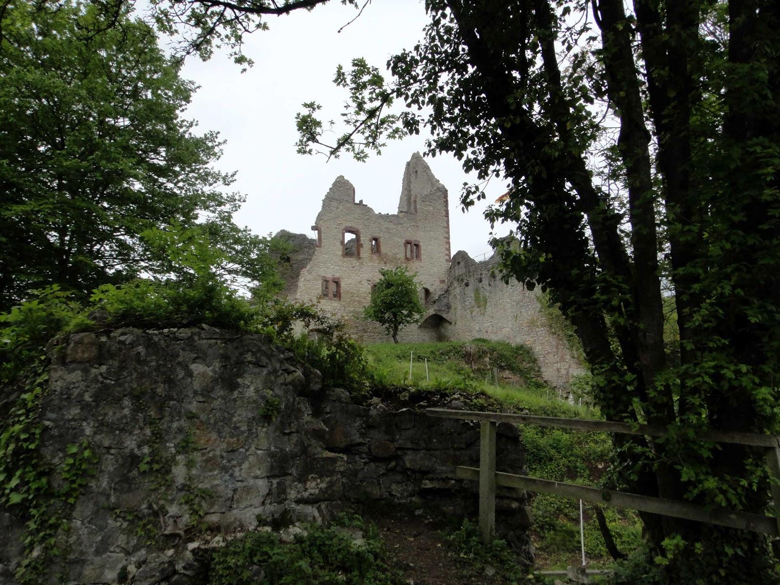 Doros Motorblock: Burg Landeck und Ettenheim