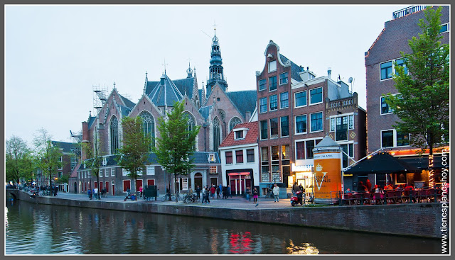 Barrio Rojo Amsterdam (Paises Bajos)