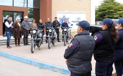 Alcalde de Huatabampo entrega tres motopatrullas a seguridad pública