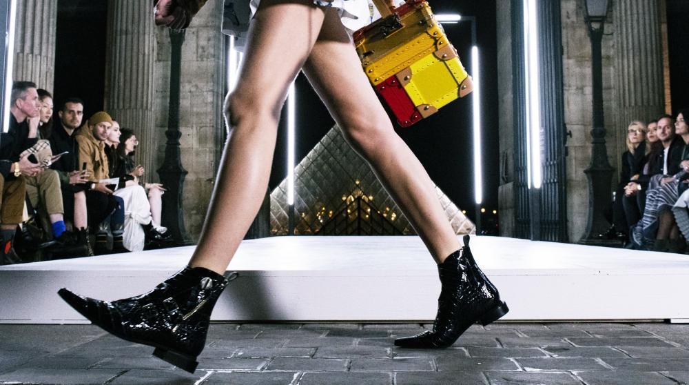 Styling Tricks: Lange Beine in flachen Schuhen | ELLE