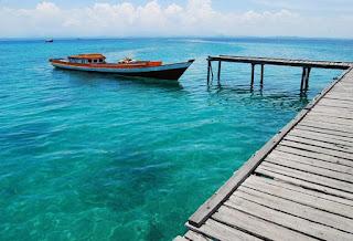 http://www.teluklove.com/2017/04/destinasti-objek-wisata-pulau-harapan.html