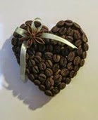 http://translate.googleusercontent.com/translate_c?depth=1&hl=es&prev=search&rurl=translate.google.es&sl=en&u=http://goodhomediy.com/diy-heart-shaped-coffee-bean-fridge-magnet/&usg=ALkJrhjJs36azI3FoV1HCg9tJG_t6keprg