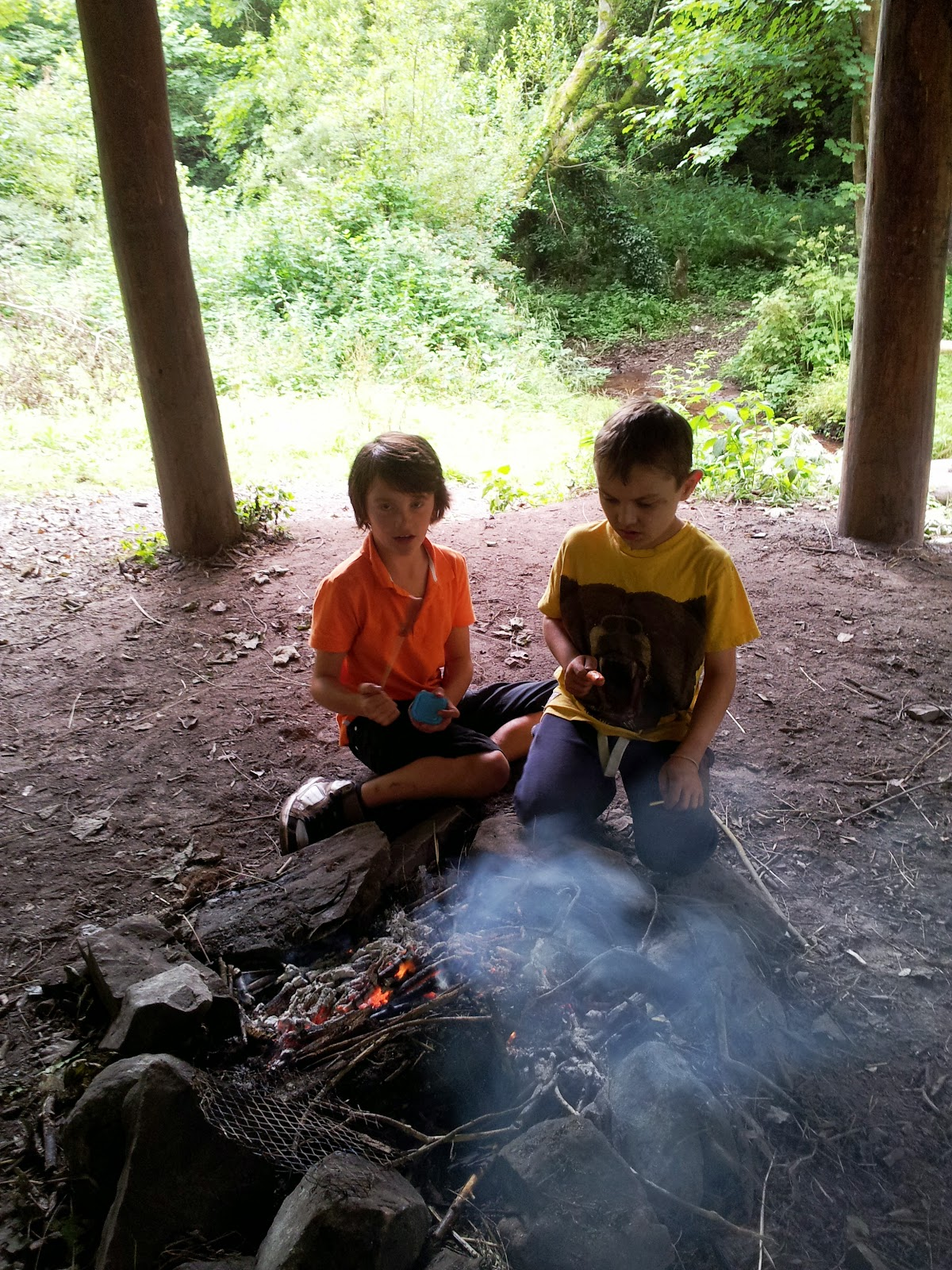 , A fire warming our hearts #CountryKids