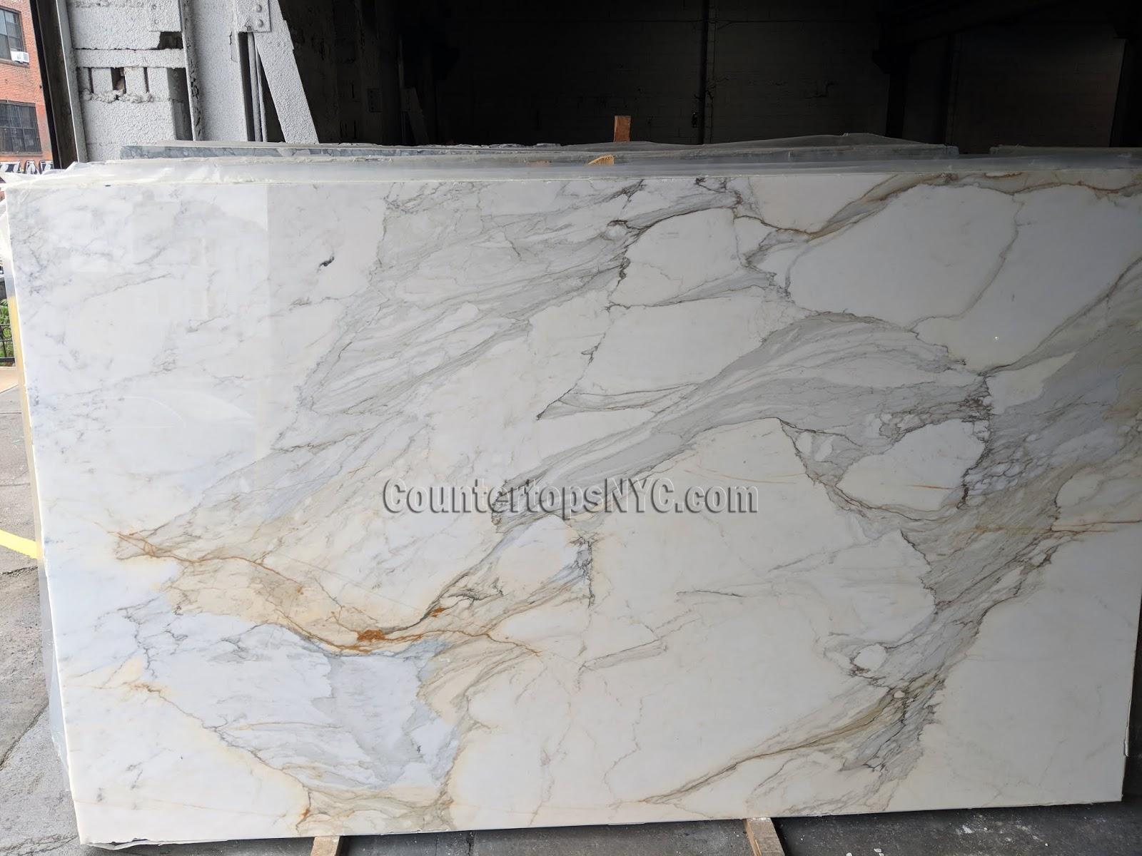 Calacatta Gold 3/4 Marble Slabs