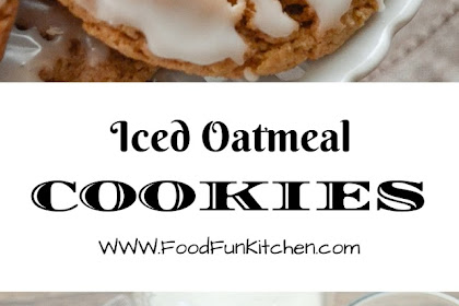 Iced Oatmeal Cookies #christmas #cookies