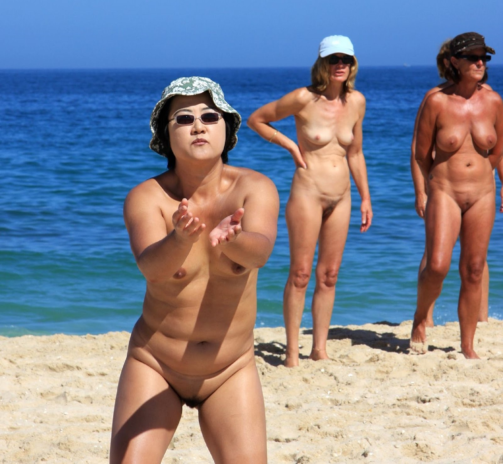 Big dick on nude beach-7646