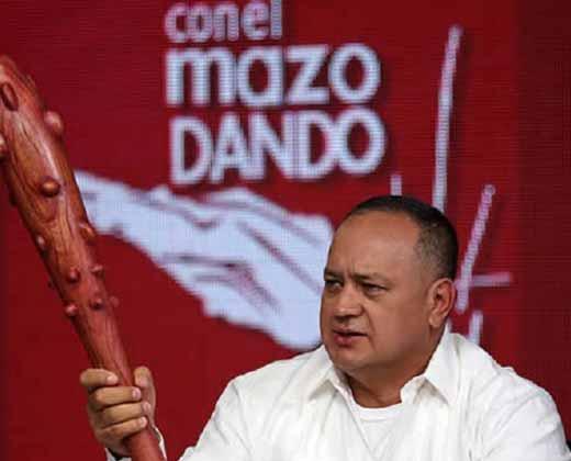 """Cabello: """"Funcionarios públicos que firmaron no deberían seguir en sus cargos"""""""