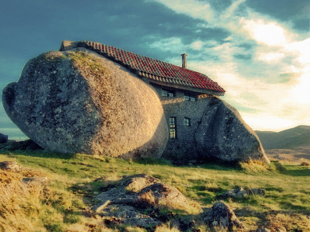 Stone House (Guimares, Portugal)