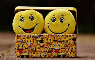 manfaat tertawa, manfaat tertawa bagi kesehatan, manfaat tertawa untuk kesehatan, manfaat tertawa bagi tubuh