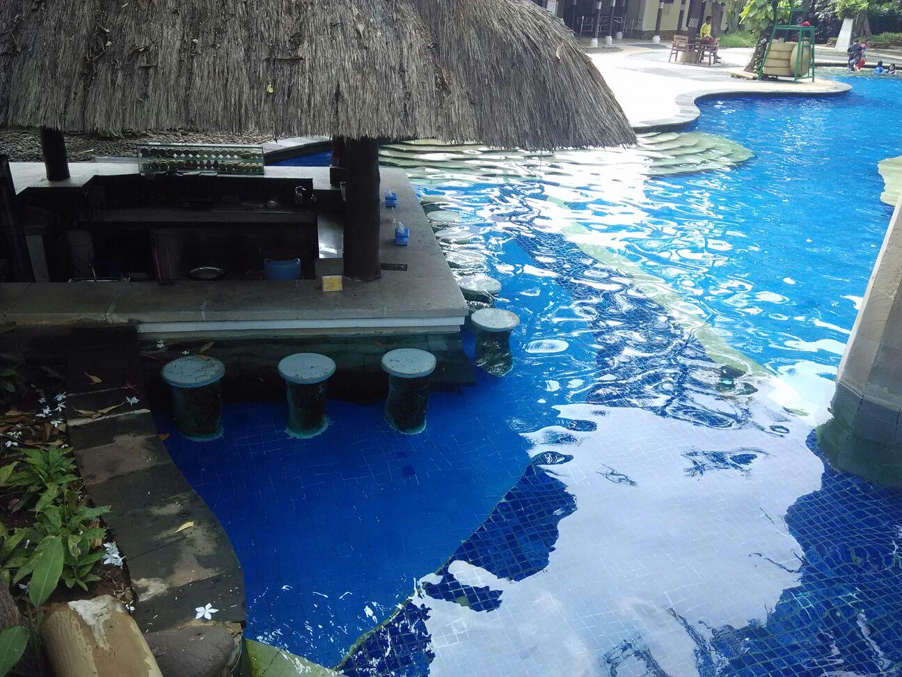 Waterboom Lippo Cikarang Pesona Bali Di Jawa Barat Voucher Water Boom Memiliki Kolam Dengan 3 Zona Renang Yakni Yang Diperuntukkan Bagi Kalangan Anak Untuk Dewasa Dan