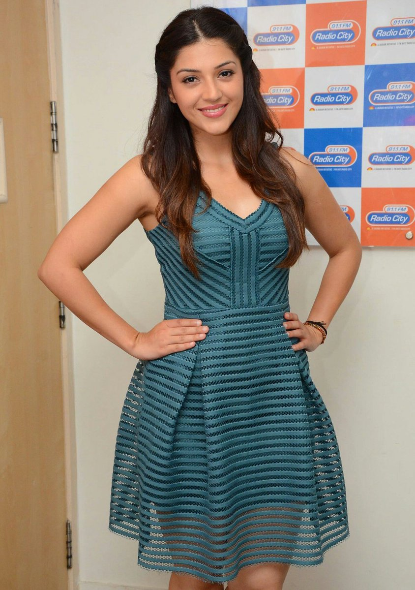 Actress MehreenPirzada Latest HD Images
