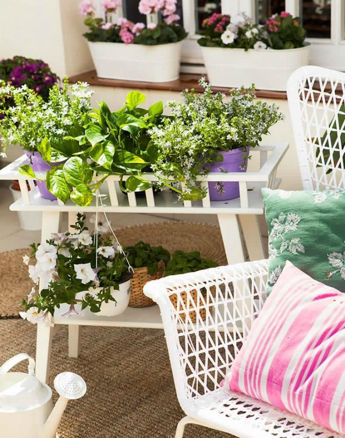 Terraza lowcost con muebles de IKEA