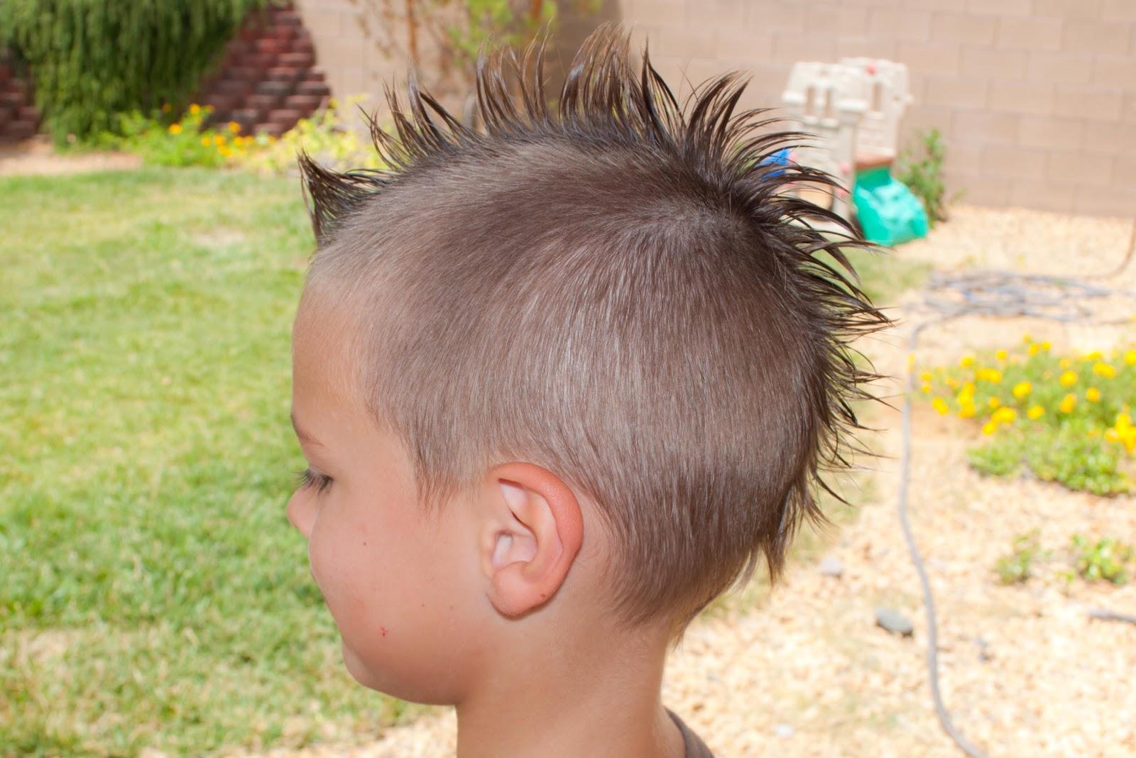 Rat Tail Hair Style: Princess Piggies: July 2012