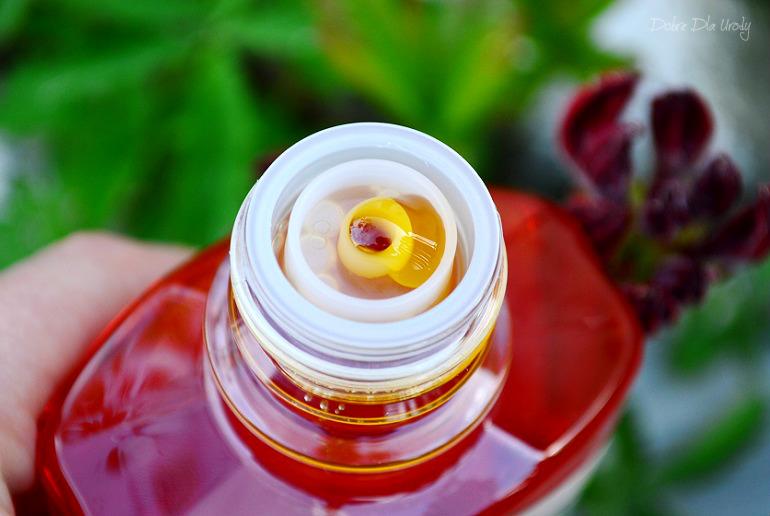Farmona Herbal Care Natłuszczający olejek do kąpieli i pod prysznic BURITI