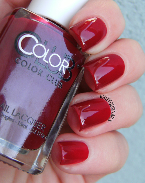 Color Club Brrr-Red
