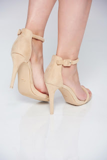 sandale-ce-iti-vor-face-vara-mai-frumoasa12