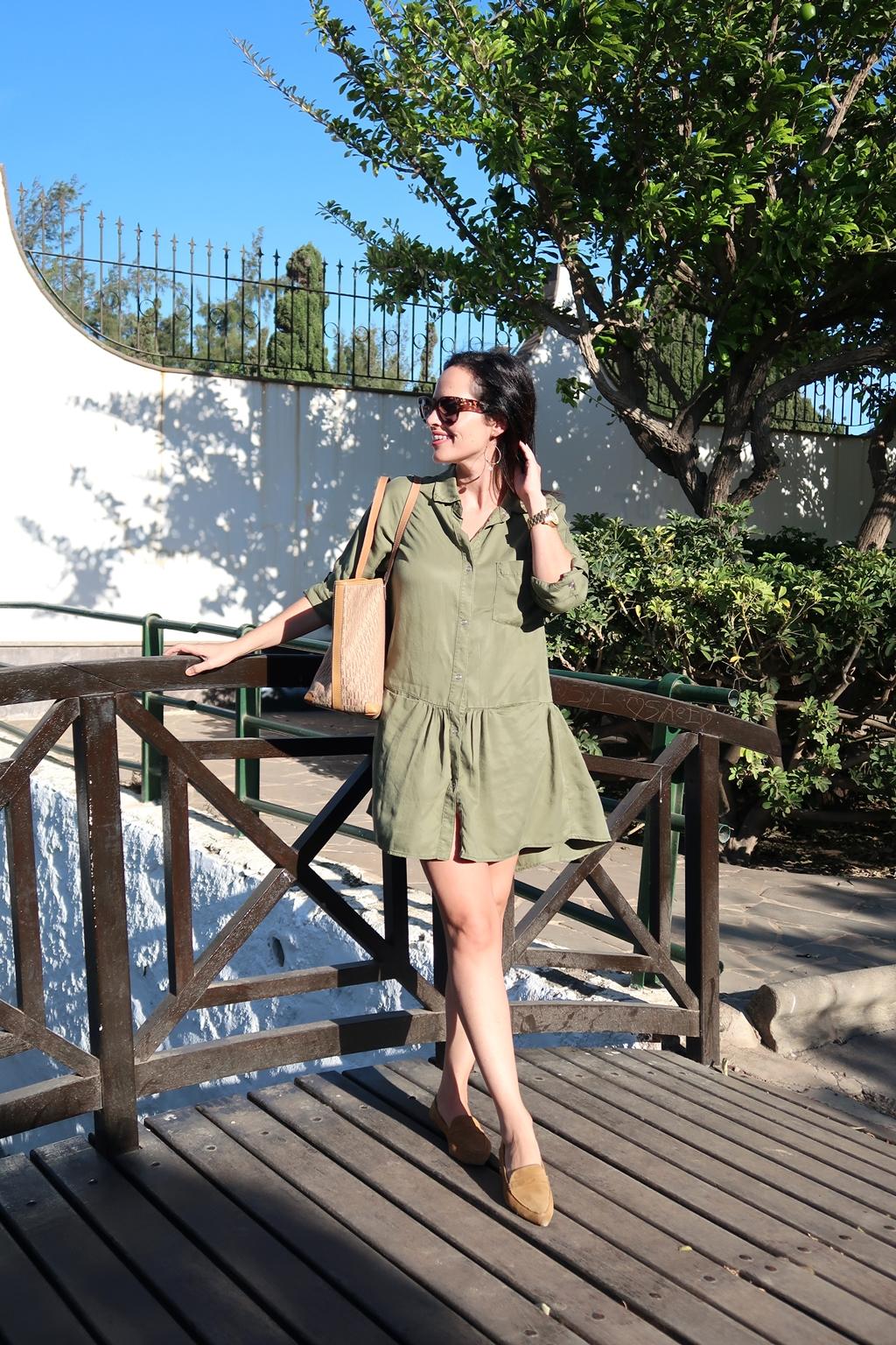 zara-khaki-dress-outfit
