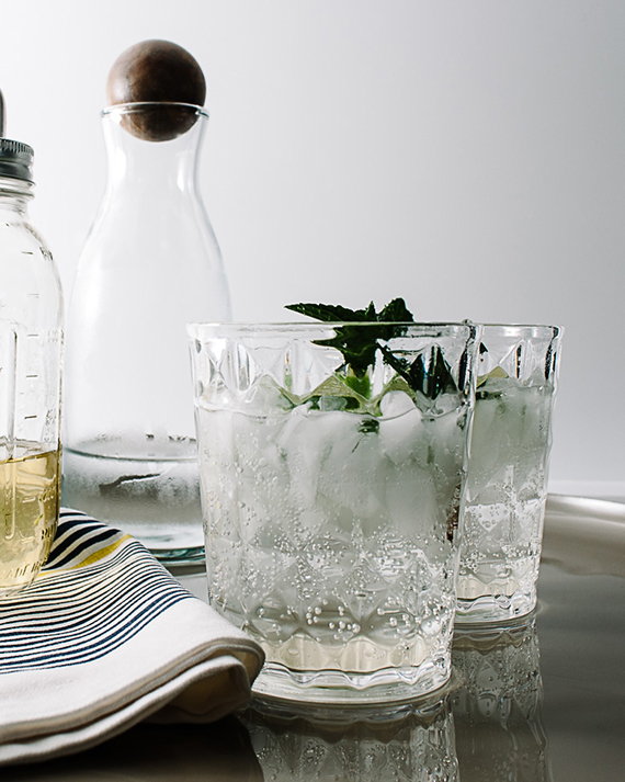 Lemongrass lime mint spritzer recipe by Stephanie Le via West Elm Blog