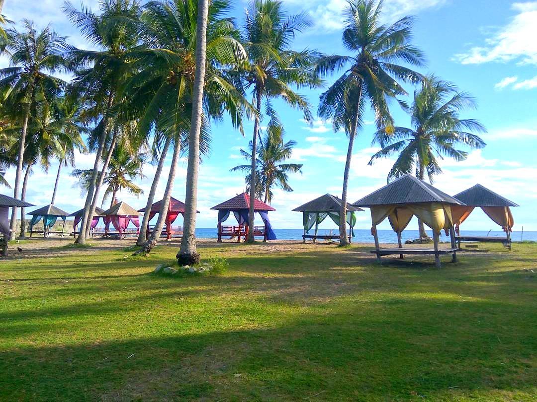 Pantai Lowita Pinrang di Sulawesi  Akbar Post