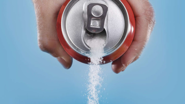 أضرار السكر على الجسم والمخ