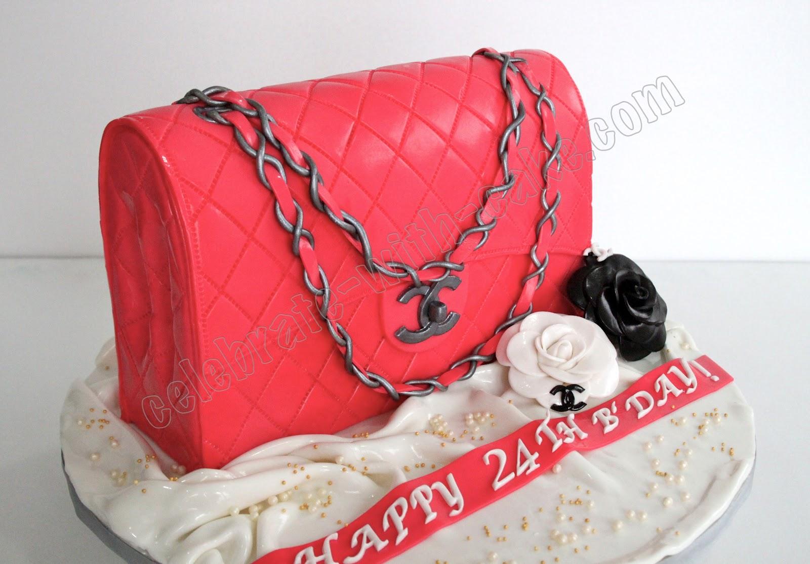 gâteau d'anniversaire chanel rose fillette insolite