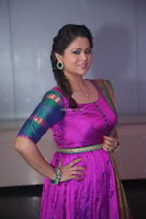 Shilpa Chakravarthy in Purple tight Ethnic Dress ~  Exclusive Celebrities Galleries 081.JPG