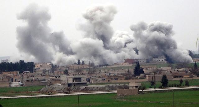 Trégua quebrada: EUA atacam base e matam mais de 60 soldados na síria
