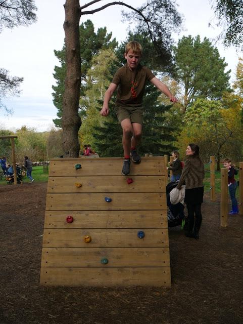 Hillier Gardens adventure playground