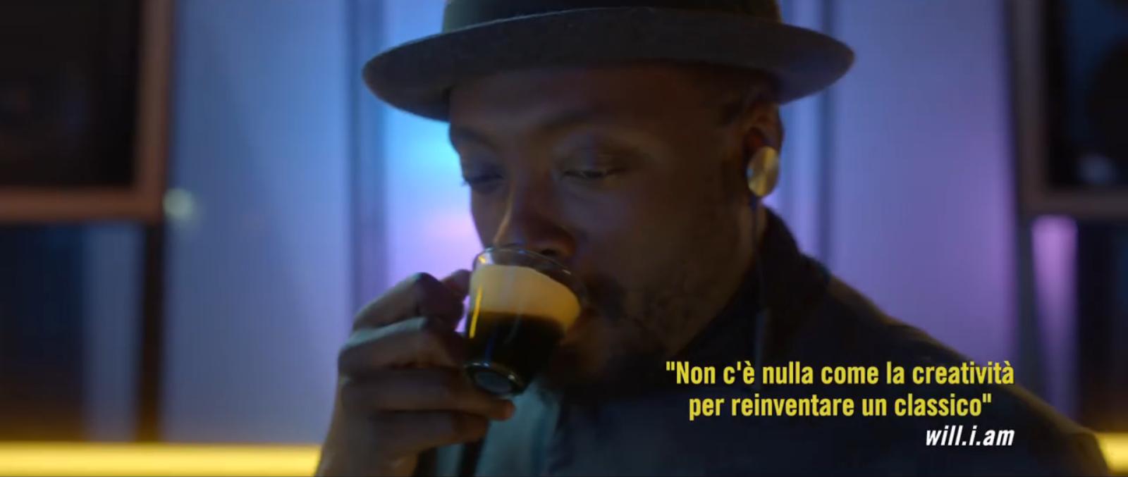 Nome cantante testimonial Nescafè Dolce Gusto con Foto