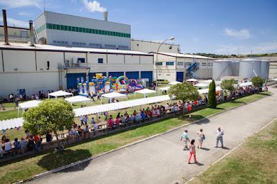 Vista general fábrica Kimberly Clark celebrando 40 aniversario