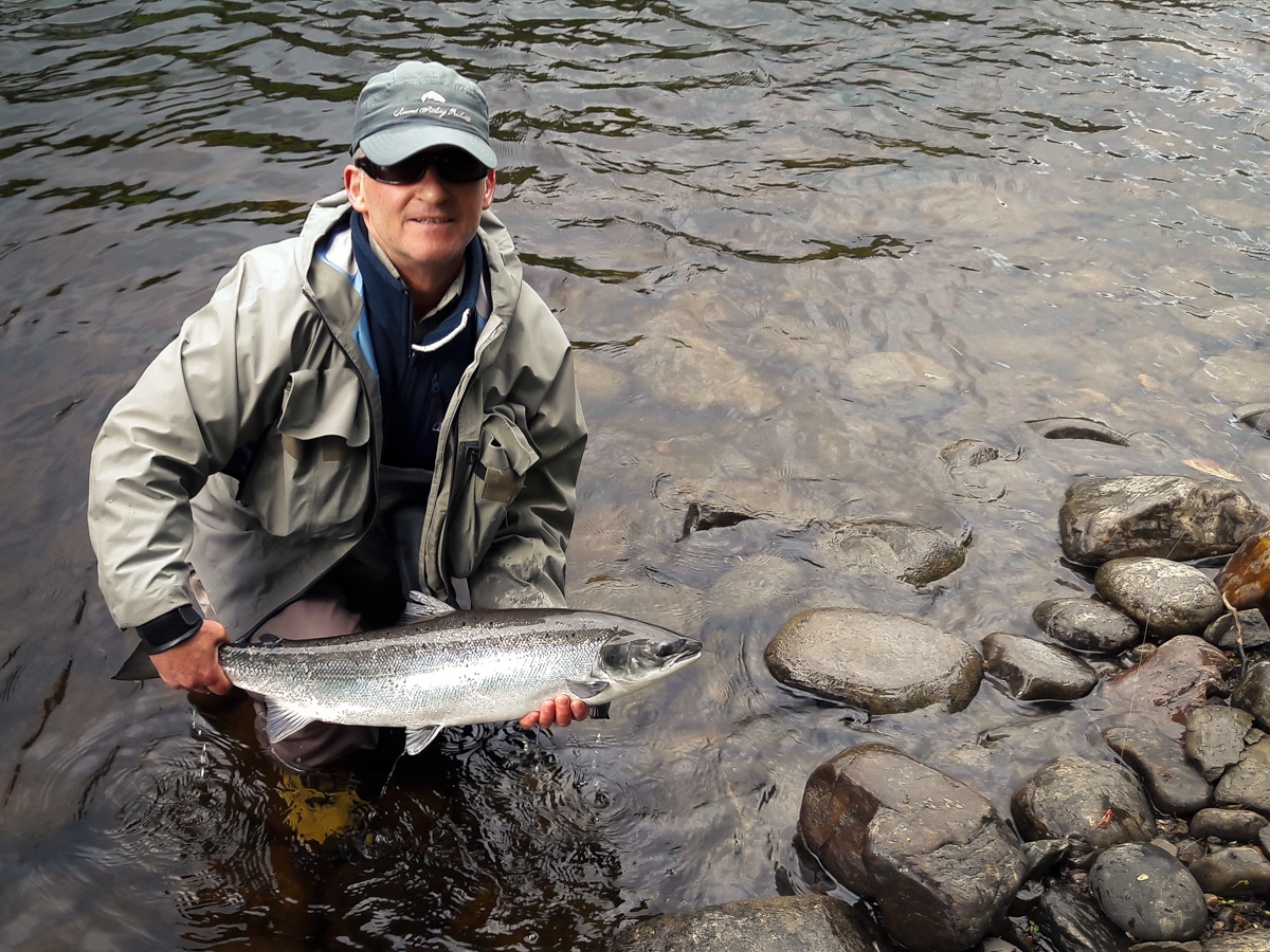 Pitlochry angling club news lots of fish about for Dave stewart fishing report