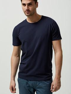 Tampil Santai Dengan O-Neck T-shirt
