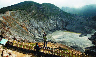 objek-wisata-gunung-tangkuban-perahu-bandung-jawa-barat.jpg