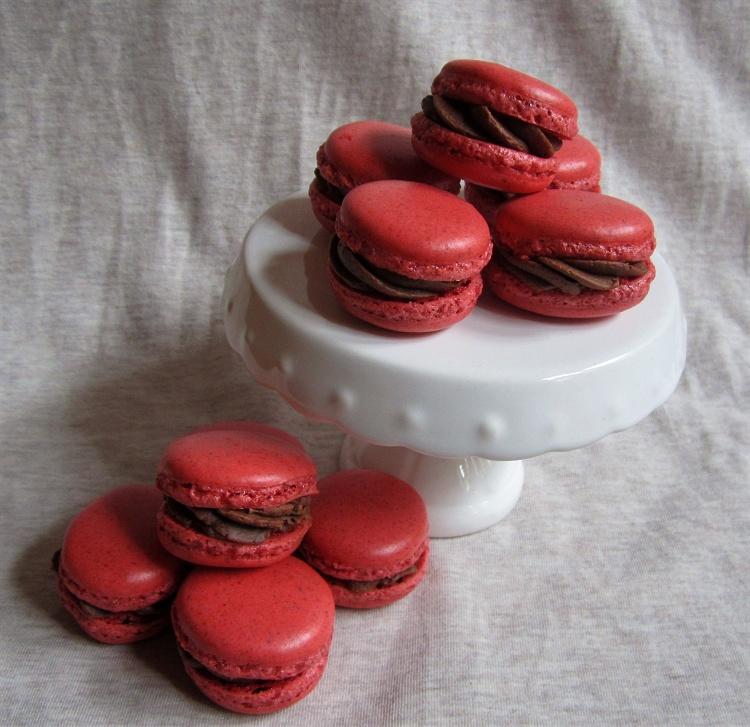Mandel-Schoko-Macarons