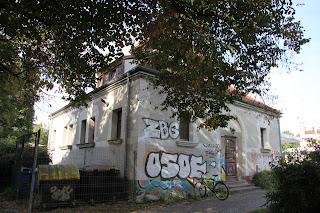 ehemaliges Volksbrausebad an der Karl-Liebknecht-Straße 154