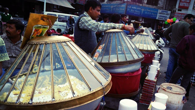 makhan-malaai-lucknow-old-chowk