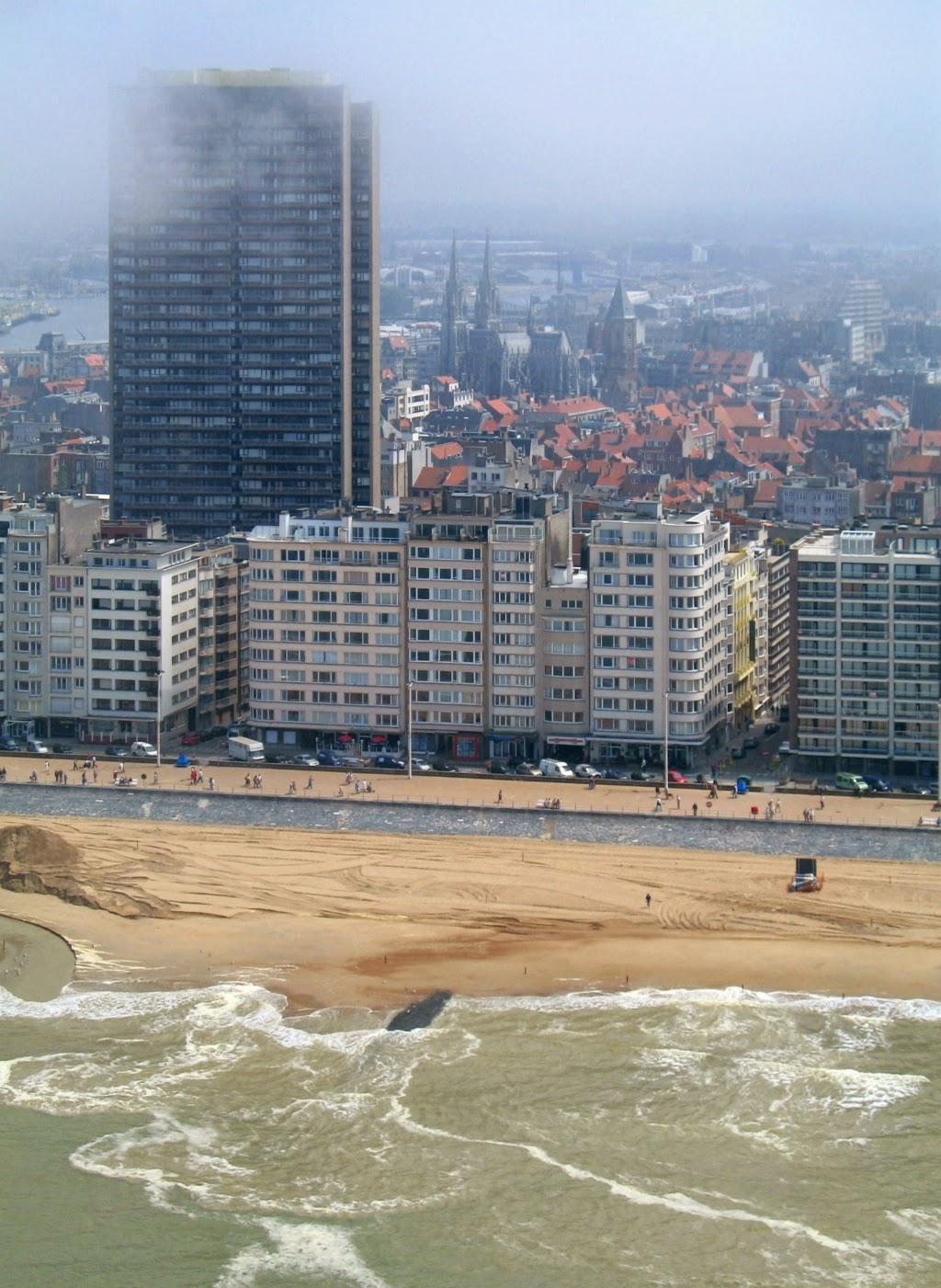 10 Best Places to Holiday in Belgium (100+ Photos) | Beach, seafront and Europacenter building