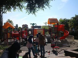 Taman Bermain Anak di Alun-alun Kota Batu