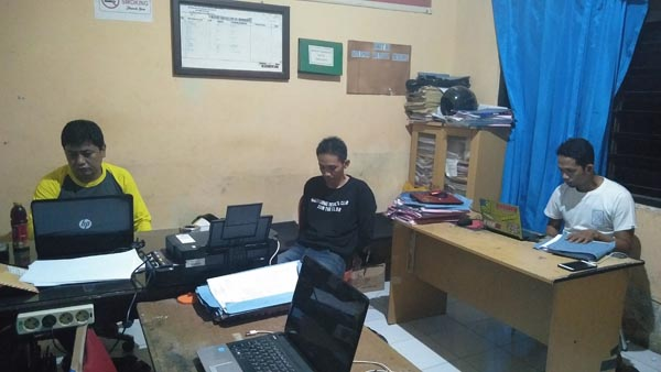Oknum PNS Curi Dompet Buruh Bangunan di Rumah Polisi